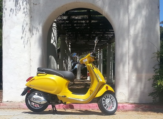 vespa_sprint_yellow_san_diego_a