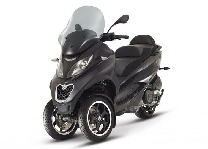 Piaggio_mp3_500_abs_black-700x700