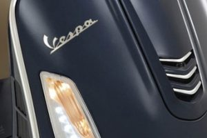 vespa_gts_300_abs_turn_signal-422x422
