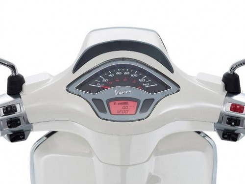 vespa_sprint_speedo-500x375