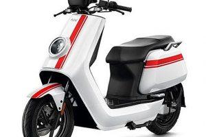 niu-ngt-white-red-strip