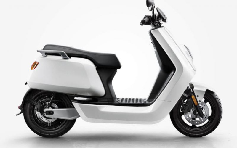 niu-n-sport-scooter-white