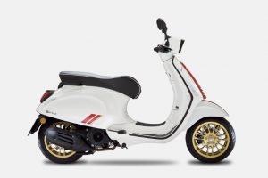 VESPA-SPRINT-RACING-SIXTIES-150-WHITE