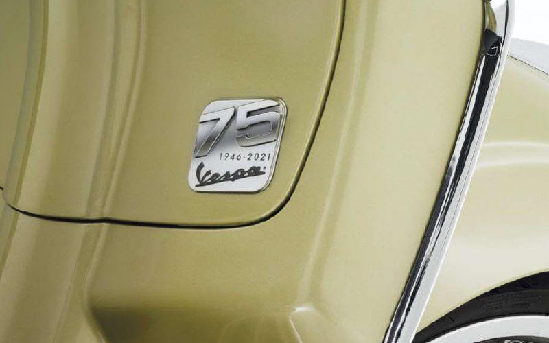 75th-vespa-in-gold-badge