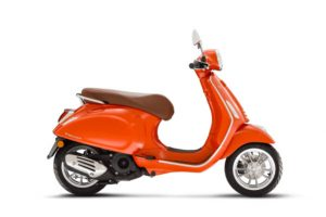 vespa-primavera-150-arancio-impulsivo-glossy-orange