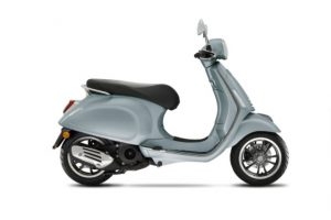 vespa-primavera-S-SPORT-150-grigio-delicato-glossy-metalic-light-blue